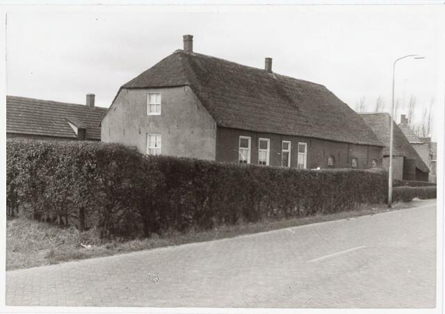 034073 - Pand aan de Jac. van Vollenhovenstraat,  bewoond door de fam Adams, vroeger A van Vught