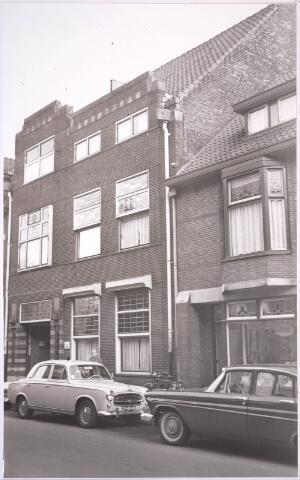 030989 - Schouwburgring. Zomerstraat praktijk tandarts dr. Beukers.