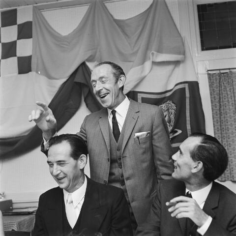 072688 - Politiek. Goirlese raadleden  v.l.n.r. Wim van Boxtel, Kees van Boxtel en Toon de Kort.