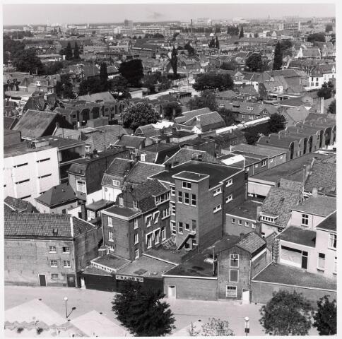036316 - Panorama van Tilburg, gezien vanaf het nieuwe gemeentehuis