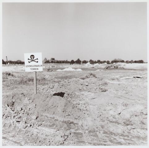 062971 - Sport. Aanleg van het zwembad De Rauwbraken aan de Rauwbrakenweg 38