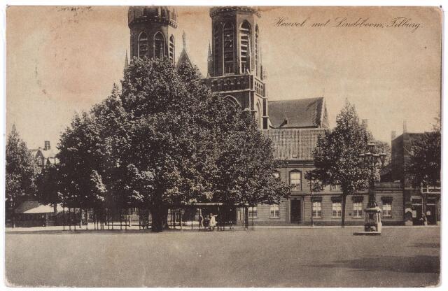 000910 - Heuvel met lindeboom, kerk van St. Jozef, pastorie en lantaarn geplaatst in 1902 als monument voor burgemeester Jansen.