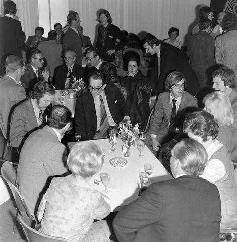 1237_012_991-1_003 - Viering van een jubileum van textiel firma Van Besouw b.v. bij restaurant Boschlust in Goirle in juni 1974.
