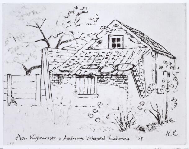 014022 - Tekening. Abraham Kuijperstraat 10, achterom bij vishandel Kwakman. Deze tekening is waarschijnlijk vervaardigd door Harrie Corven, de schoonzoon van Jan KwakmanDoor H.Corvers.