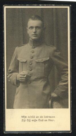 604412 - Bidprentje. Tweede Wereldoorlog. Oorlogsslachtoffers. Johannis Henricus Leijten, werd geboren op 19 juli 1914 in Tilburg en overleed op 10 mei 1940 in Mill.  Na zijn gevangeneming in Mill werd Johannis Leijten, dienstplichtig korporaal, Mitrailleurcompagnie, 1e Bataljon, 3e Regiment Infanterie getroffen door een verdwaalde kogel.