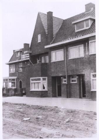 022919 - Panden Jan Pietersz. Coenstraat 2, 4 en 6 (van links naar rechts)