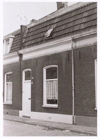 018915 - Pand Gildebroederstraat 72 eind 1970