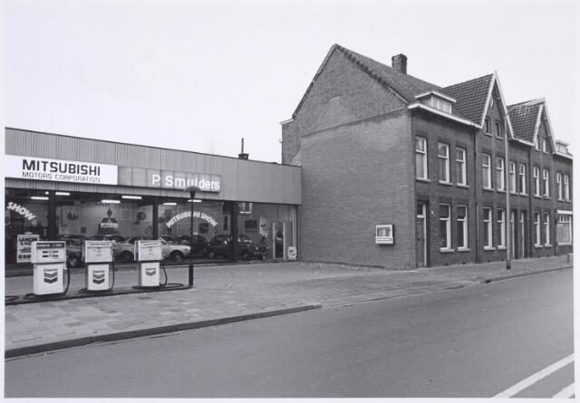 019311 - Panden Goirkestraat 144a (Mitsubishi-garage Smulders), 152, 154 en 156. De garage is later door brand verwoest.