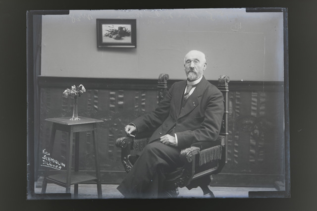 654823 - Privéarchief Portret van [Louis senior] Schmidlin.