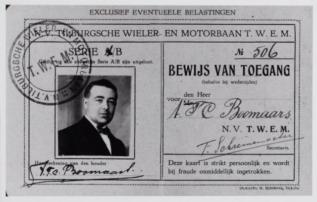 045917 - Kaart. Toegangskaart van A.F.C. Boomaars uit Goirle tot de Tilburgsche Wieler- en Motorbaan T.W.E.M., die in augustus 1921 geopend werd aan de Tilburgseweg in Goirle.