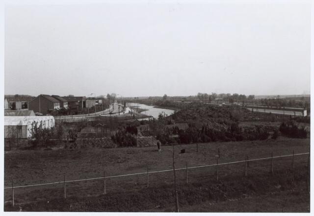 014633 - Berglandweg (links) en Hilvarenbeekseweg (rechts)