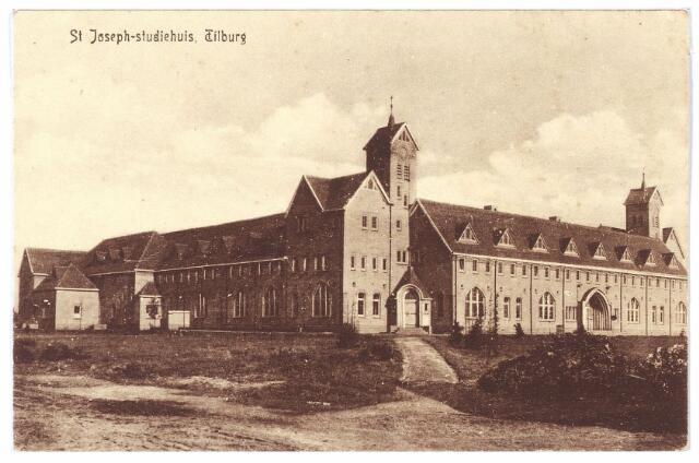 000365 - St. Josephstudiehuis van de St. Josephcongregatie van Mill Hill, gesticht door dr. Ahaus en gebouwd in de jaren 1914/1915 onder architectuur van Jan van der Valk. Het gebouw stond weldra bekend als 'de rooi pannen'.