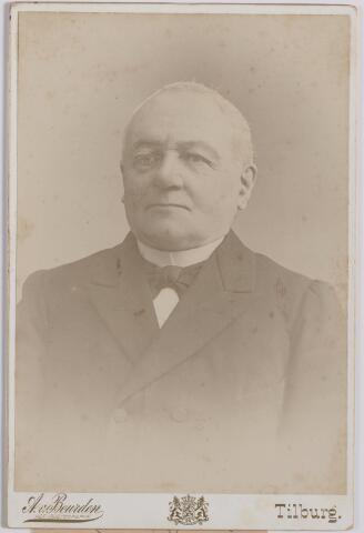 045195 - Norbertus de Beer geboren te Tilburg op 2  april 1831 en aldaar overleden op 1 april 1915 als weduwnaar van Johanna M.H. Donders.