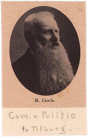 003893 - Commissaris van Politie Hermanus CAARLS, geboren te Hoorn 6 februari 1835. Voordat hij naar Tilburg kwam diende hij 13 jaar in het corps marechausée. Was sinds 1 januari 1871 inspecteur en sinds november 1893 commissaris van Politie te Tilburg tot 1911, toen hij afscheid nam. Hij overleed in november 1916 te Nuland-Geffen en werd begraven op het kerkhof van 't Heike aan de Bredaseweg te Tilburg. Bij zijn gouden dienstjubileum werd hij benoemd tot Ridder in de Orde van Oranje-Nassau. Hij was gehuwd met Petronella Konings.