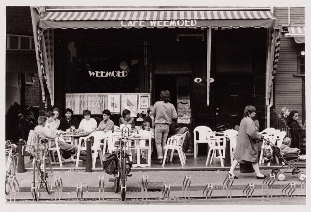 040549 - Café Weemoed, Heuvel 11-12.