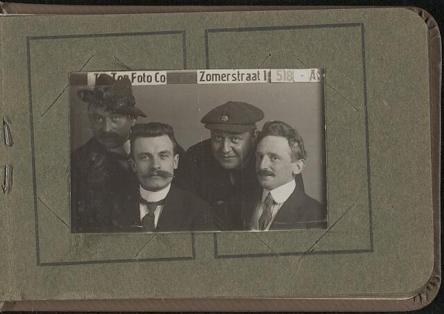 603967 - Van links naar rechts; onbekend, J.C. Bouwmeester, Lambert Hardy en A.F.M. van Haaren. Albumblad met zogenaamde TipTop-pasfoto´s van het personeel van de gemeentesecretarie van Tilburg, omstreeks 1916.