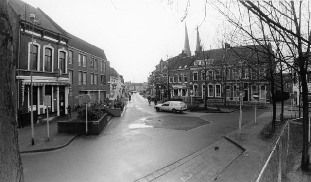 1238_F0337 - Hoek Korte Heuvel, Sint. Josephstraat en Tivolistraat
