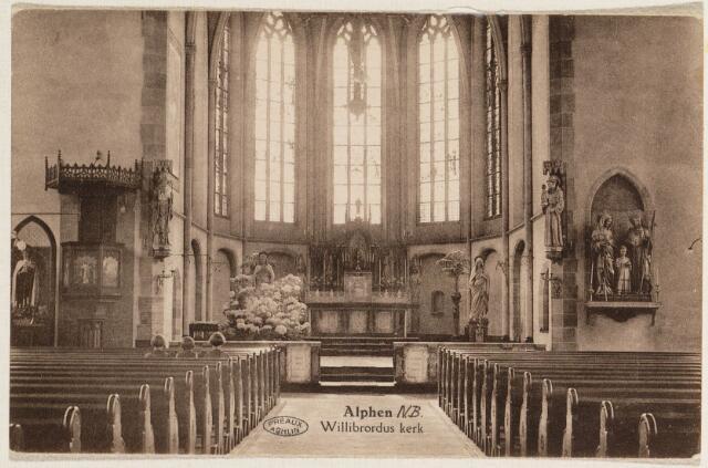 065322 - Interieur R.K. St. Willibrorduskerk.