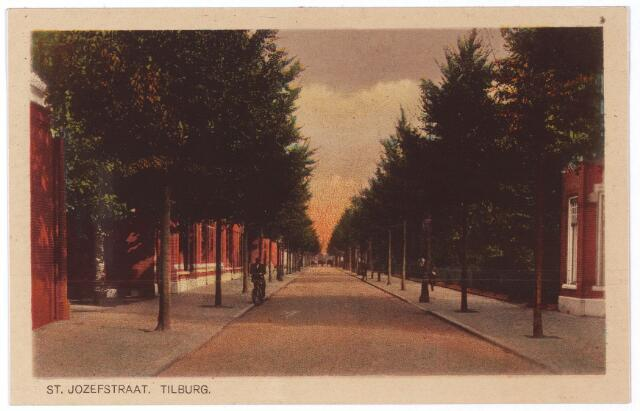 001341 - St. Josephstraat in oostelijke richting.