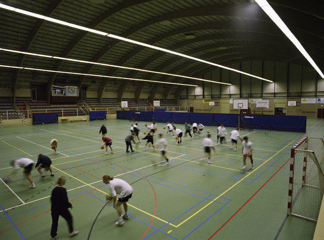 TLB023000989_002 - sporthal. Basketbaltraining