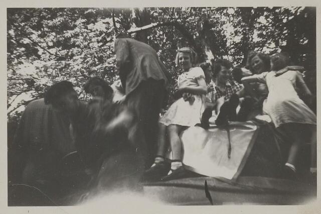 058790 - WOII; WO2; Bevrijding 1945.