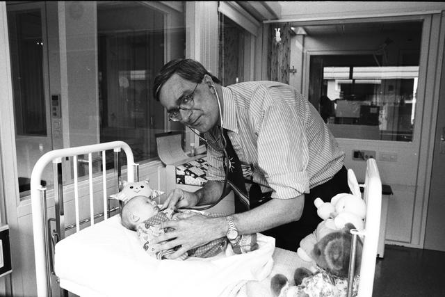 1237_010_762-2_001 - Dr Hol Elisabeth Ziekenhuis, Kinderafdeling