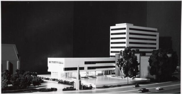 032549 - Maquettes van het administratiegebouw van de gemeente secretarie aan het Stadhuisplein