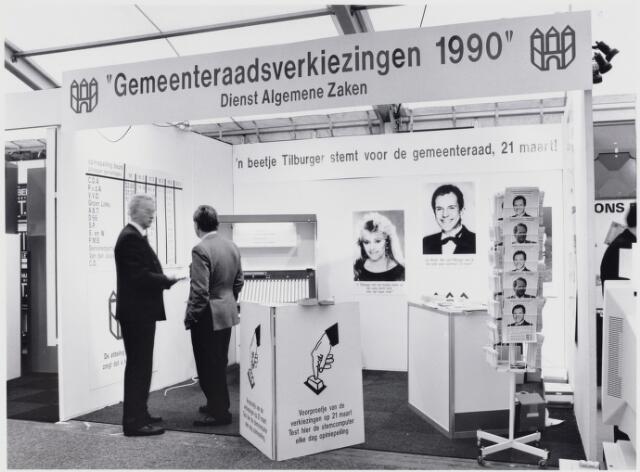 103356 - Gemeenteraad verkiezingen 1990 .  stand gezinsbeurs op 't Laar.