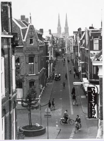 033544 - Fietroute ofwel de rode fietspad in de Tuinstraat