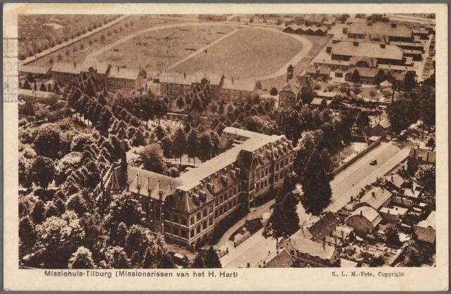 010873 - Missiehuis van de paters missionarissen van het H. Hart aan de Bredaseweg. Op de achtergrond de Kromhoutkazerne. Tussen het klooster en de kazerne de Diepenstraat.