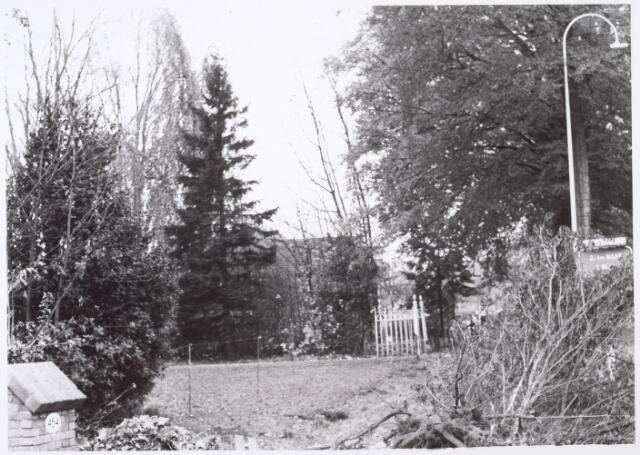 016463 - Voortuin van het pand Bredaseweg 456