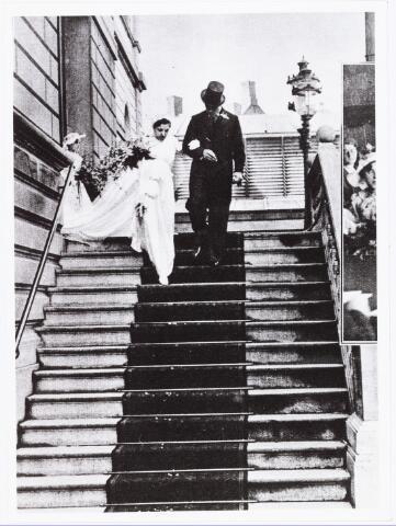 007690 - Bruiloften. Huwelijksfoto van Jan Pijnenburg (1906-1979) met Mimi Bierens (1911-1990)