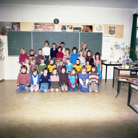 870064 - Klassenfoto. OBS Westerkim, Dongen