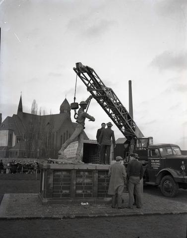 653732 - Plaatsing monument Prinses Irene Brigade.