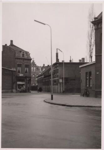 035738 - Boterhal aan het Stadhuisplein voorheen Kloosterstraat