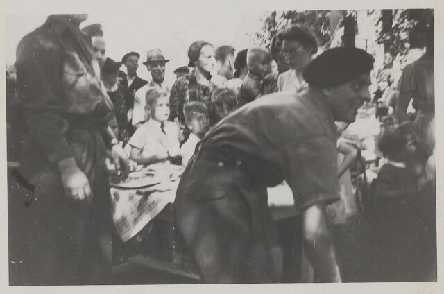 058792 - WOII; WO2; Bevrijding 1945.