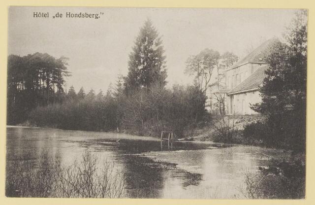 073943 - Hondsberselaan met Huize 'De Hondsberg'  een oude buitenplaats, met waterpartijen, bruggetje, kiosk, pension, restaurant, hotel en opvangtehuis voor slechtziende kinderen o.l.v. dr. Aussems.