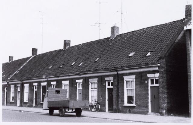 033927 - Overzicht panden aan de Vendeliersstraat 66 tot en met 76 (alle even), voorheen genaamd Stevenzandsestraat