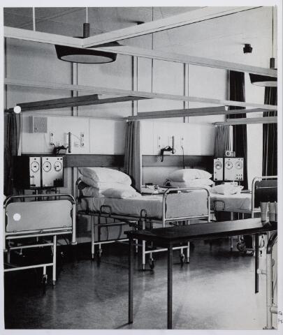 041723 - Elisabethziekenhuis. Gezondheidszorg. Ziekenhuizen. Heamodialyse afdeling van het St. Elisabethziekenhuis