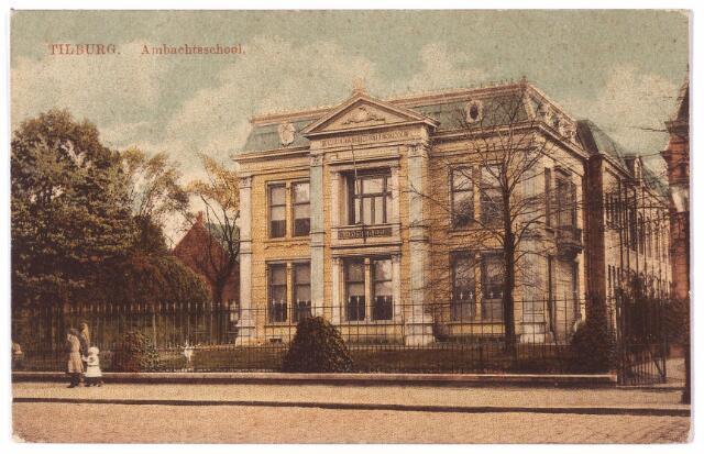 002214 - Spoorlaan 144, nu 434 de ambachtsschool, voorheen villa Guillaume van de weduwe Pollet-de Horion de Corby.