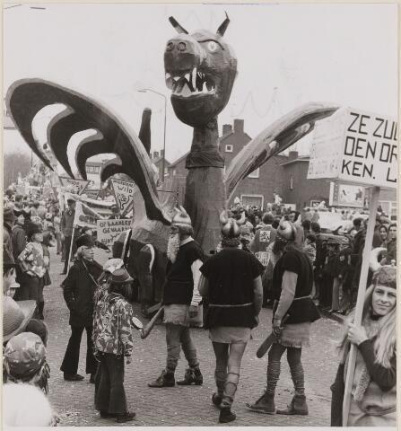 084745 - Carnaval. De optocht 05-03-1973