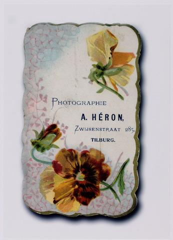 049795 - Prijscourant van fotograaf A. Héron aan de Bisschop Zwijsenstraat.
