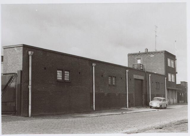 026078 - Textiel. Achterzijde van het complex van de Tilburgse katoenspinnerij TKT aan de Lovense Kanaaldijk eind oktber 1970