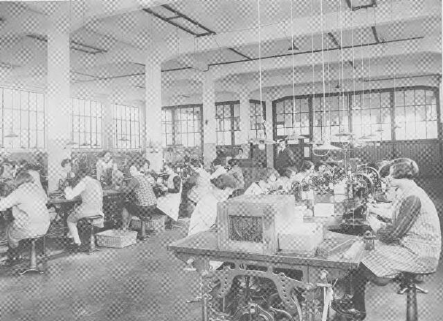 064379 - Leder- en schoenindustrie.  N.V. Stoomschoenfabriek J.A. Ligtenberg. Stikkerij