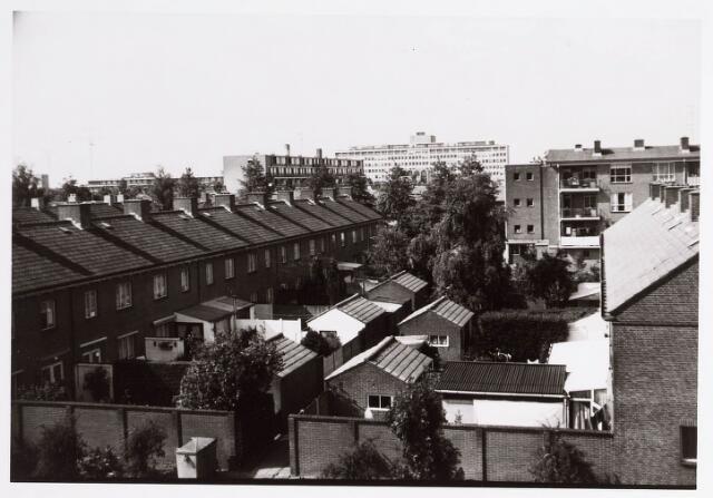 036581 - Panorama van Tilburg vanaf de flat aan de Postelsehoeflaan