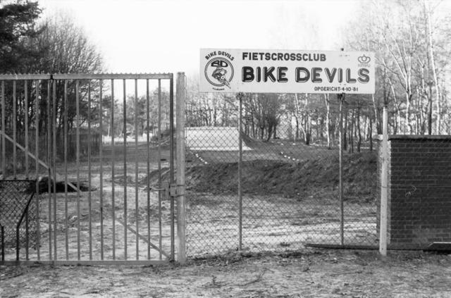 656657 - Fietscrossclub Bike Devils in Tilburg 1984.