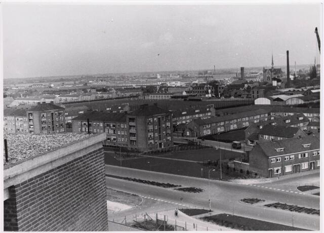 "036694 - Panorama van Tilburg vanaf de torenflat ""Vredeburcht """