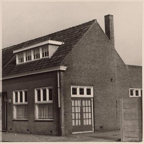 026130 - Zaaltje behorende bij Café Den Hommel aan het Lijnsheike