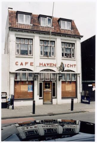 039954 - Café Havenzicht aan de Piushaven.