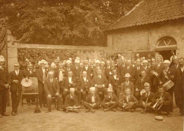 600615 - Kasteel Loon op Zand. Families Verheyen, Kolfschoten en Van Stratum
